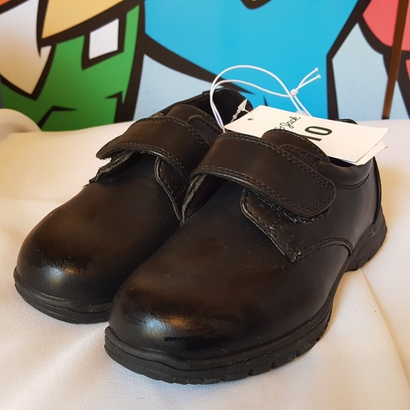 d7c96eb5e1 Boys Black Single Strap Dress Loafers Toddler 10